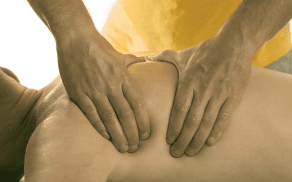 Hoe werkt een holistische massage bij Zensing